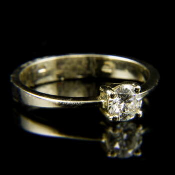14 karátos fehérarany szoliter gyűrű briliáns csiszolású gyémánt kővel (0.40 ct)
