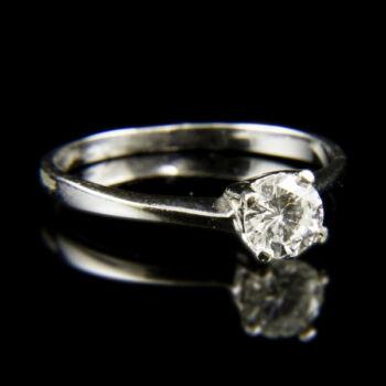 14 karátos fehérarany szoliter gyűrű briliáns csiszolású gyémánt kővel (0.45 ct)
