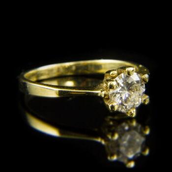 14 karátos sárgaarany szoliter gyűrű briliáns csiszolású gyémánt kővel (0.81 ct)