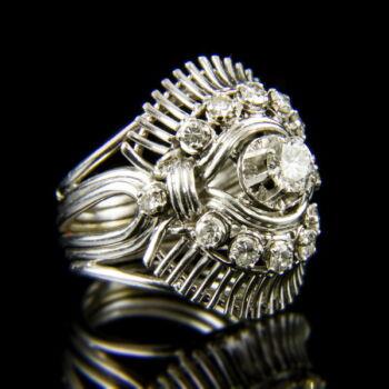 18 karátos antik fehérarany gyűrű briliáns csiszolású gyémánt kövekkel