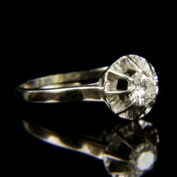 18 karátos fehérarany eljegyzési gyűrű briliáns csiszolású gyémánt kővel (0.45 ct)