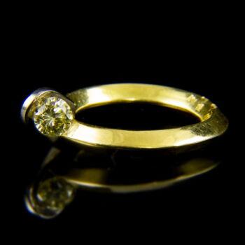18 katátos arany szoliter gyűrű sárga gyémánt kővel