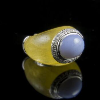 Jáde gyűrű gyémánt kövekkel