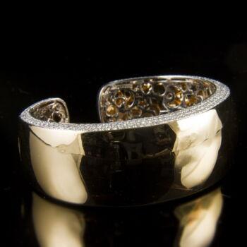 Al Coro arany karperec gyémántokkal