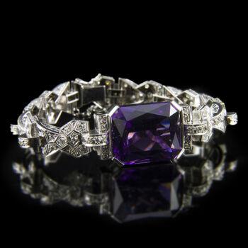 Platina karkötő ametiszt és gyémánt kövekkel