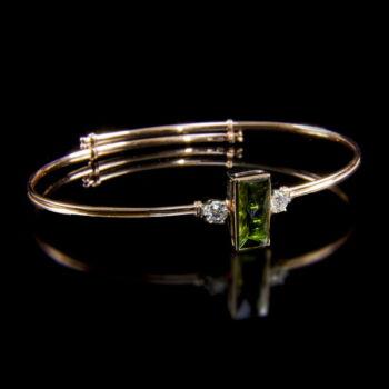 Rozé arany karreif zöld turmalinnal és gyémántokkal