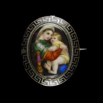 Mária medálos kitűző ezüstözött fém keretben