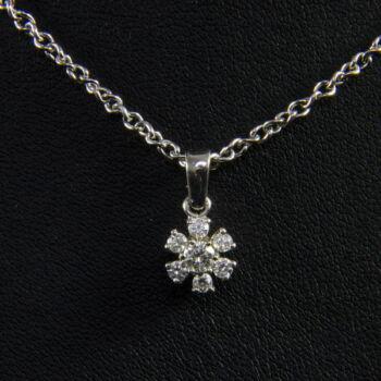 14 karátos nyaklánc gyémánt köves medállal