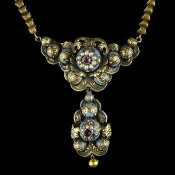Biedermeier arany nyaklánc igazgyöngyökkel
