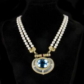Topáz nyakék gyöngyökkel gyémántokkal és rubin kövekkel