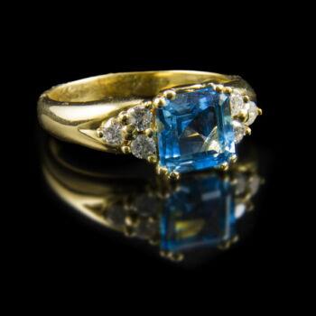 Topáz gyűrű gyémánt kövekkel