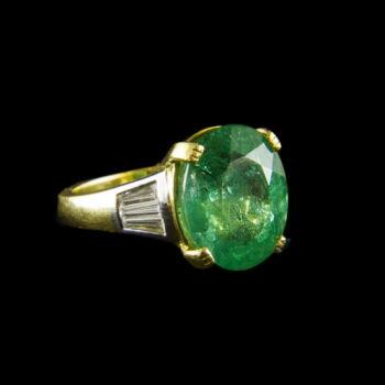Smaragd és gyémánt köves arany gyűrű