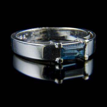 Turmalin köves fehérarany gyűrű