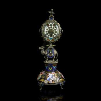 Bécsi ezüst asztali óra zománcképekkel