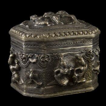 Burmai ezüst fedeles dobozka 450g