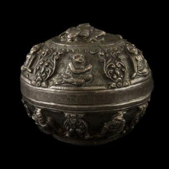 Burmai ezüst fedeles tartóedény (109 g)