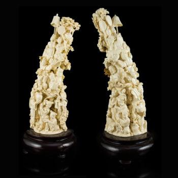 Elefántcsont szobor pár figurális jelenettel
