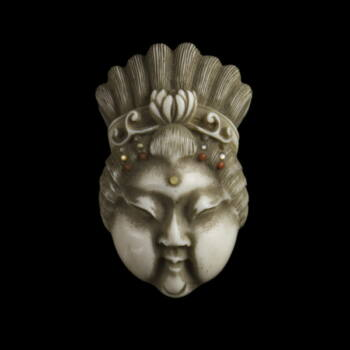 Faragott elefántcsont női fejes maszk netsuke