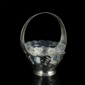 Bécsi ezüst kínáló kosár üveg betéttel