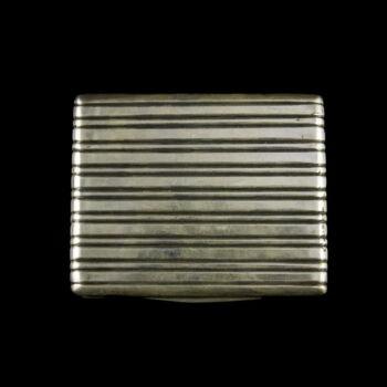Pesti ezüst cigarettatárca vonalvésett mintával