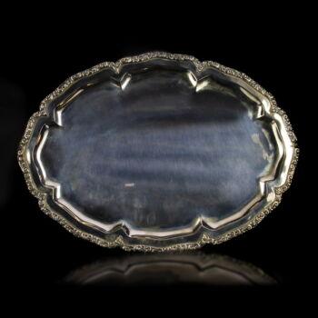 Pesti ovális ezüst tálca rokokó stílusú mintás peremmel