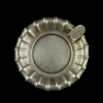Kerek ezüst hamutartó tálka