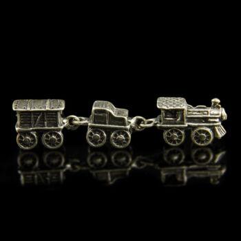Ezüst mini vonat kocsikkal