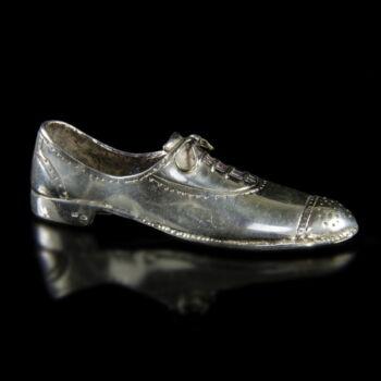 Mini ezüst férfi cipő