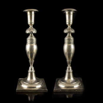Német empire ezüst gyertyatartó pár akantuszleveles díszítéssel