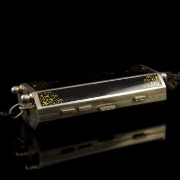 Art deco ezüst pipere szelence fekete zománccal