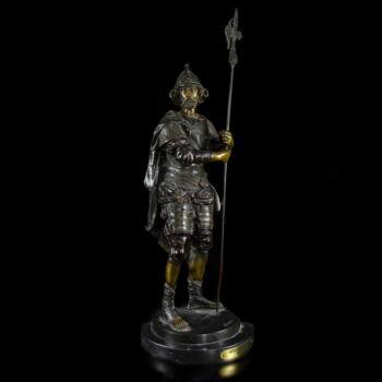 Spanyol katona öntött bronz szobra