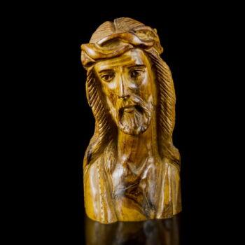 Faragott fa Krisztus szobor