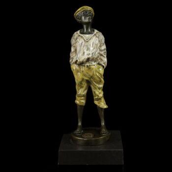 Wienerwerkstaette stílusú festett bronz fütyülő fiú szobor