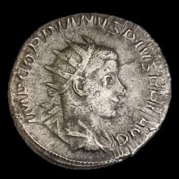 III. Gordianus római császár (Kr.u. 238-244) ezüst antoninianus - IOVI STATORI