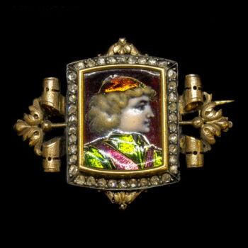 Portréképes arany kitűző gyémánt kövekkel