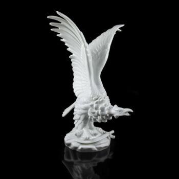Herendi fehér mázas porcelán turul