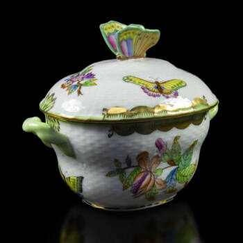 Herendi porcelán Viktória mintás bonbonier