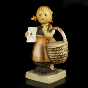 """Hummel kislány figura kosárral és kezében levéllel """"Meditation"""""""