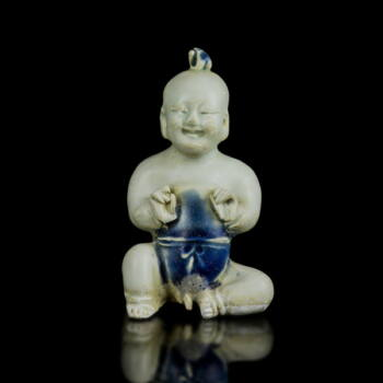 Kínai mázas porcelán kisfiú figura