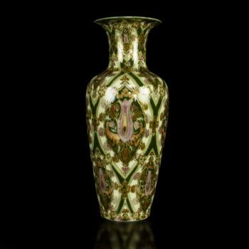 Egyedi festésű Zsolnay váza Miss É. Schlittné