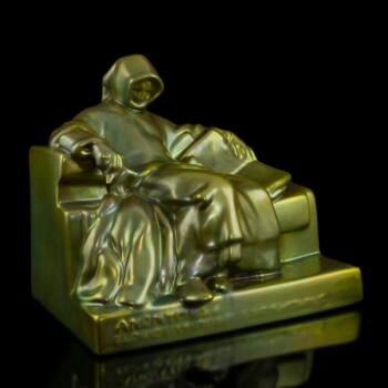 Zsolnay eozin mázas Anonymus szobor