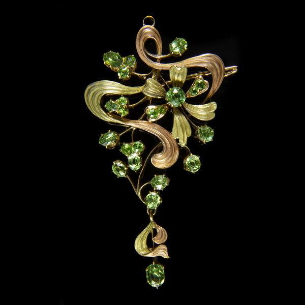 Orosz szecessziós arany bross zöld demantoid kövekkel