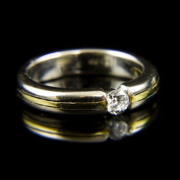14 karátos fehérarany eljegyzési gyűrű gyémánt kővel (0.20 ct)