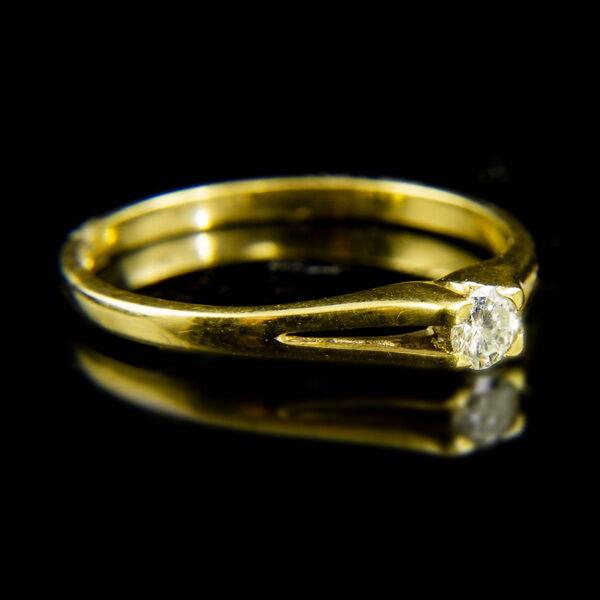 18 karátos sárgaarany szoliter gyűrű briliáns csiszolású gyémánt kővel (0.15 ct)