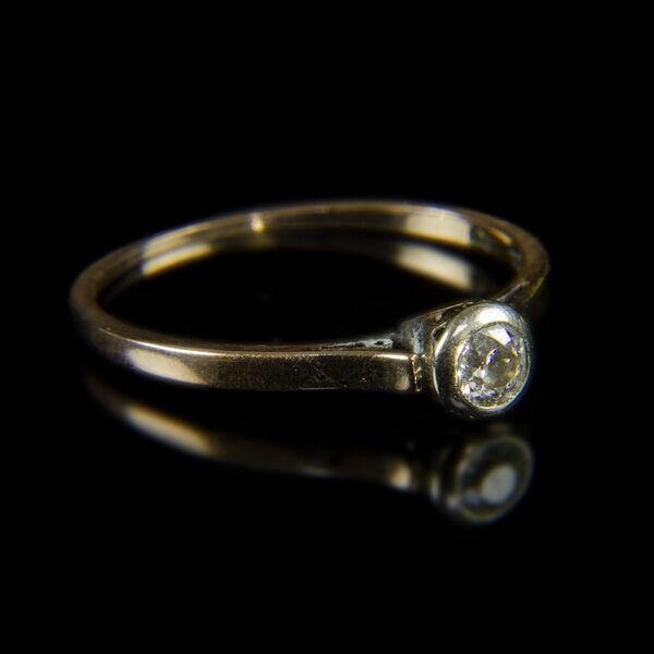 Szoliter fazonú eljegyzési gyémántgyűrű (0,20ct )