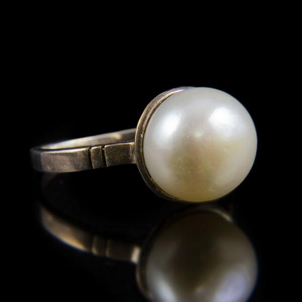 Ezüst gyűrű 11 mm-es tenyésztett gyönggyel