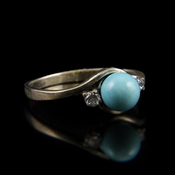 Ezüst gyűrű tűrkiz színű gyönggyel