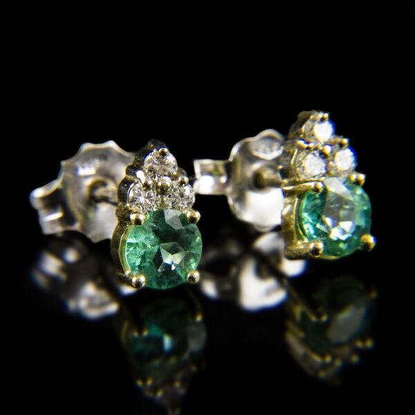Fehérarany fülbevaló smaragd és gyémánt kövekkel