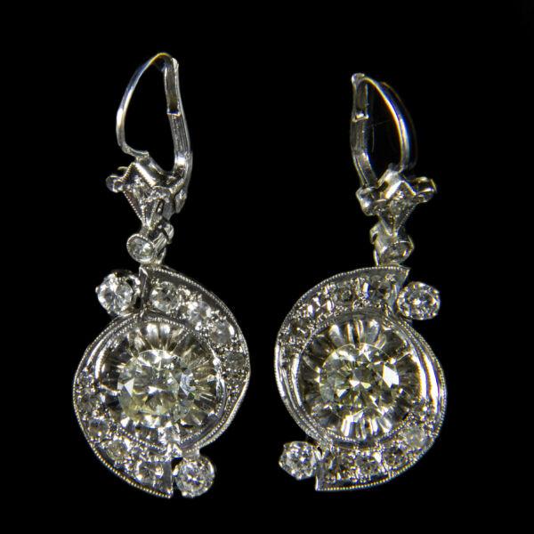 Gyémánt köves fehérarany fülbevaló pár