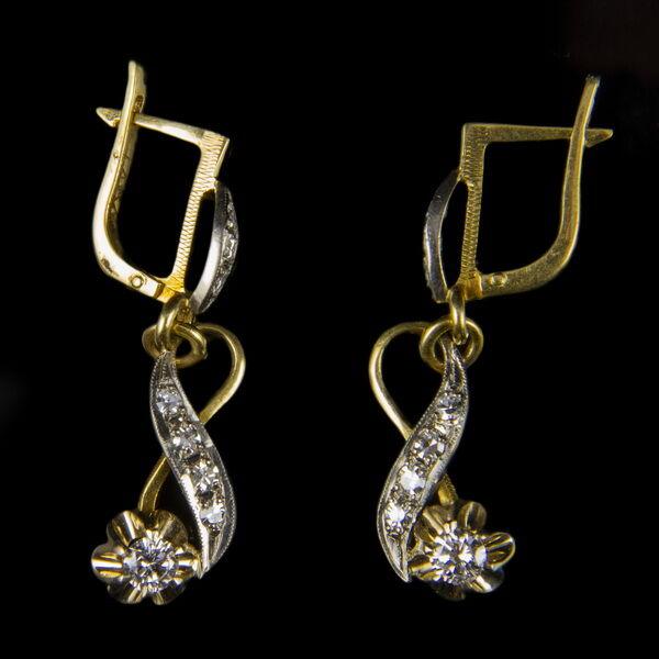 Orosz 18 karátos arany fülbevaló pár gyémántokkal
